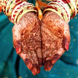 Beautiful Indian bride hands