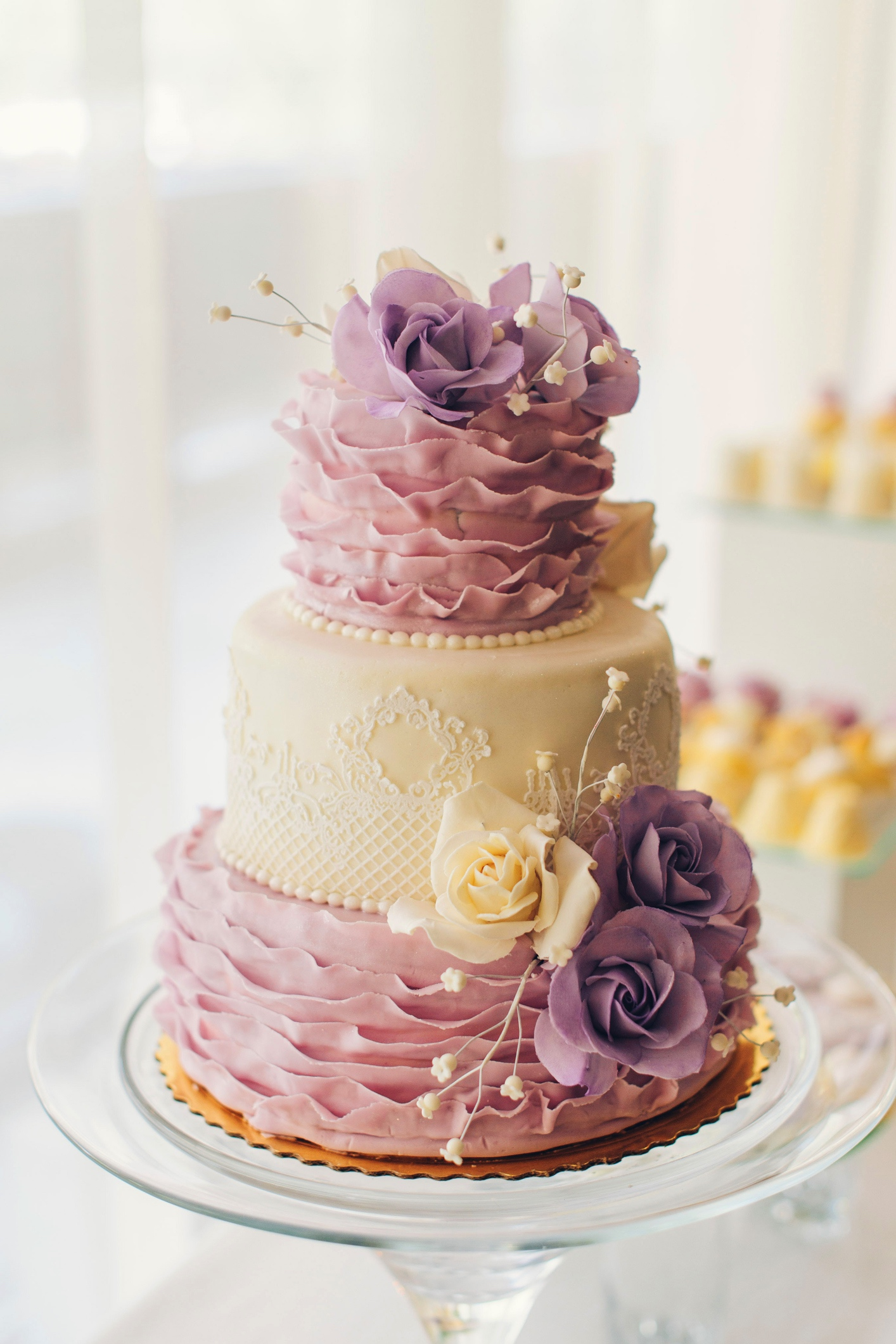 trendy wedding cakes wedding cake trends for 2017 universal 21269
