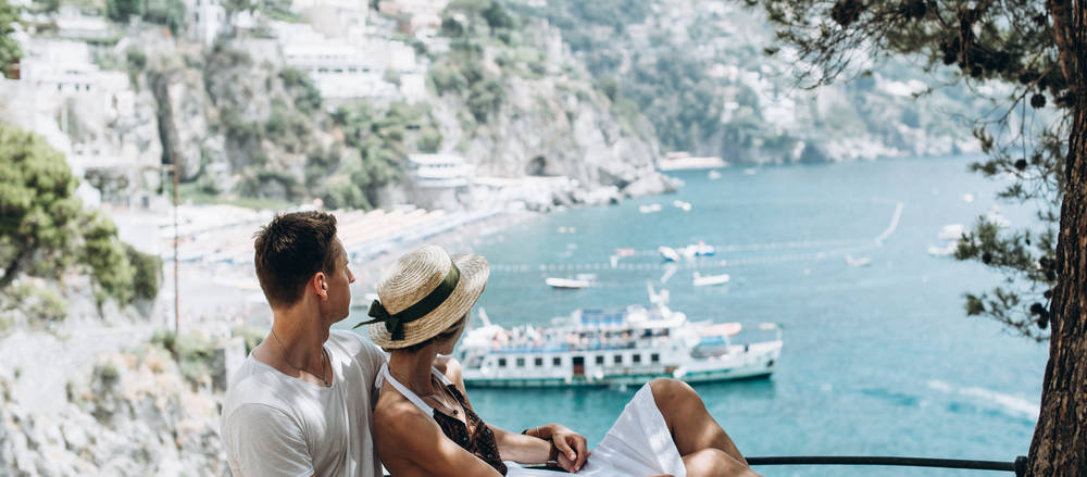 There are many smart reasons to delay your honeymoon, from reducing anxiety to putting yourself in a better financial place.