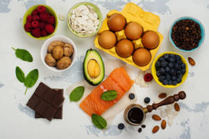 Stress is common before a wedding. But did you know that what foods you eat can make a huge difference in how you feel when you start to get nervous?