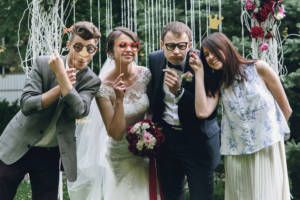 There are many options for keeping your wedding guests engaged and satisfied at your ceremony, so begin by thinking about these ideas.