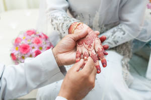 Even if you are not planning a wedding, it can be interesting and joyful to learn about the wedding customs of other cultures around the world.
